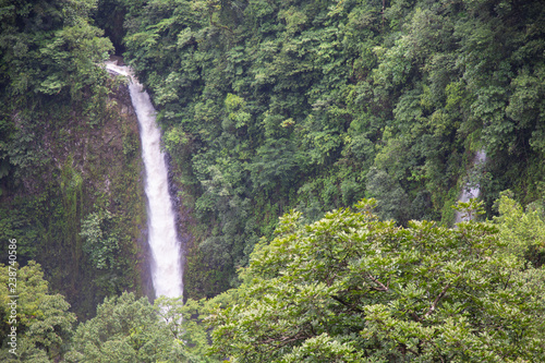 Photo The La Fortuna waterfall near the Arenal National Park in Costa Rica