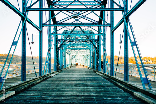 Spoed Fotobehang Bruggen Walnut Street Walking Bridge Chattanooga TN
