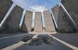 Ewige Flamme an der Gedenkstätte der Opfer des Völkermords an den Armeniern 1915