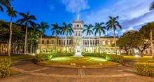 King Kamehameha Statue And Aliiolani Hale (Hawaii State Supreme Court), Honolulu, Oahu At Dusk