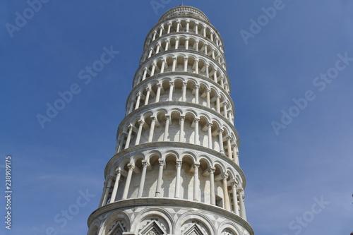 Obraz na plátně Pisa - Torre pendente in piazza dei Miracoli