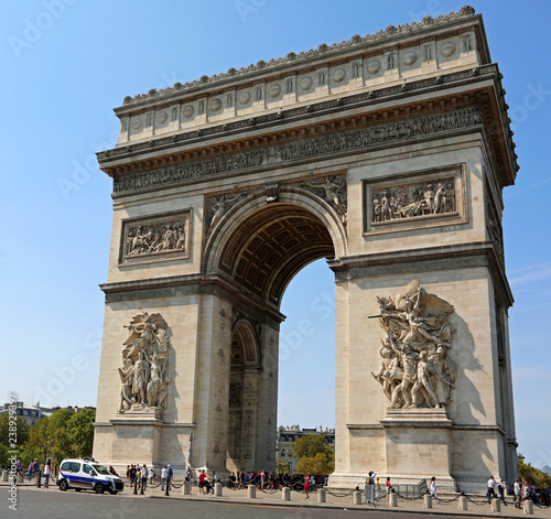 Photo sur Toile Paris Triumphal Arch of the Star is one of the most famous monuments i