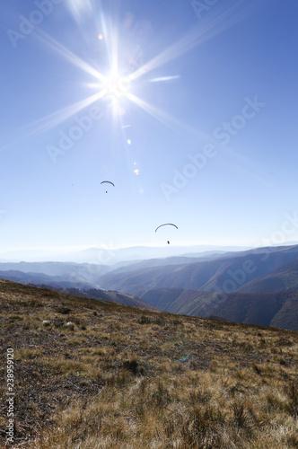 Fotografia  paragliding, good paragliding, paragliding high in the mountains