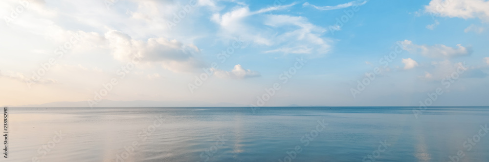 Fototapety, obrazy: Bright beautiful seascape, sandy beach, clouds reflected in the water, natural minimalistic background and texture, panoramic view banner