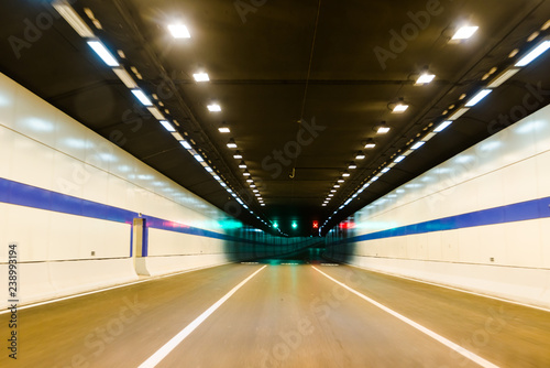 Papiers peints Tunnel tunnel at night