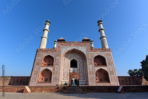 Obraz na plátně The famous Akbar Tomb in Agra has three-story minarets at each corner and is bui