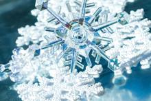 Icy Snowflake Decorating Series