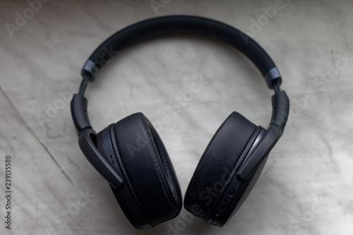 Obraz Słuchawki bezprzewodowe - fototapety do salonu