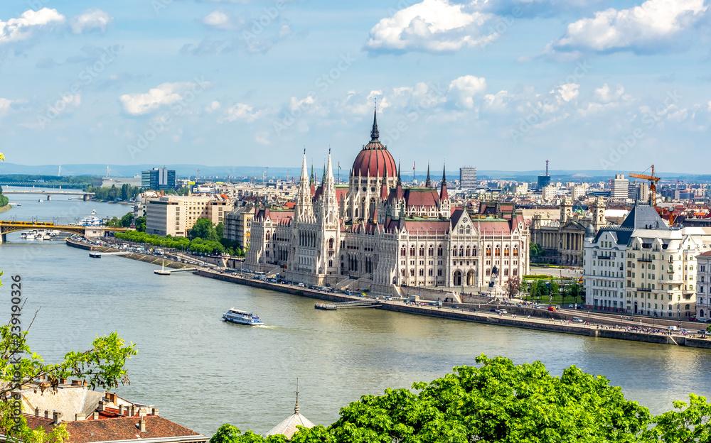 Fototapeta Hungarian parliament building in Budapest