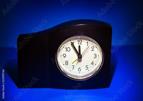 Fotografie, Obraz  Clock in the Dark Room