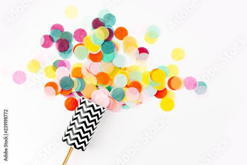 Obraz Confetti shots out - fototapety do salonu