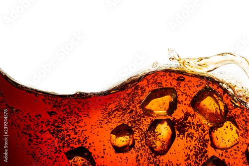 Carta da parati cola soda with sparkling bubbles isolated on white