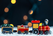 The Christmas Train In The Sno...