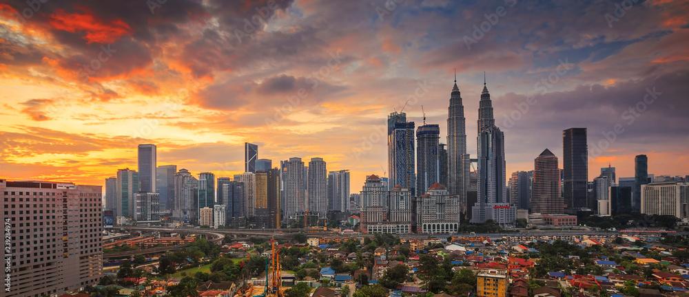 Fototapeta City of Kuala Lumpur, Malaysia at sunrise