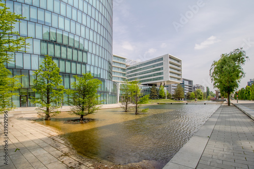 Fototapety, obrazy: Das Viertel Zwei ist ein modernes Büro- und Wohnviertel im 2. Wiener Gemeindebezirk Leopoldstadt