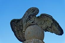 Statue Cormoran