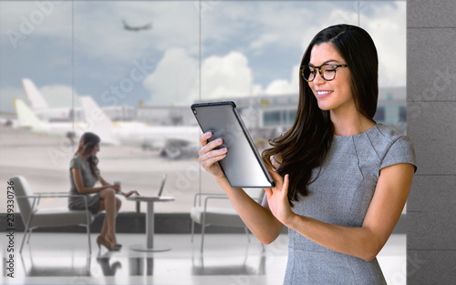 Carta da parati Content business person on the go, working remotely from computer tablet while a