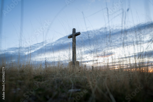 Billede på lærred Crossings of stone representative of the Holy Week with background at dusk