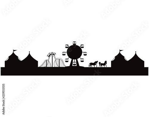 silhouette of amusement park with tents circus Fototapete