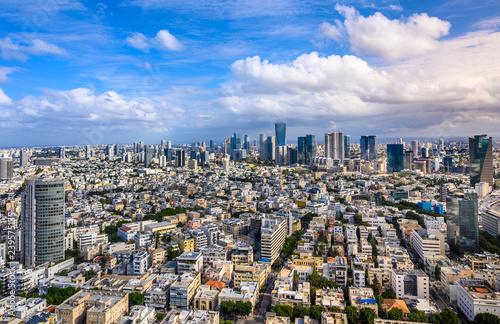 Cuadros en Lienzo  Aerial  view of  old Tel Aviv buildings over Sarona and boulevard Rothschild skyscrapers
