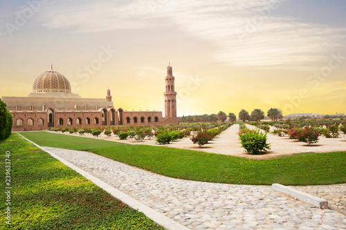 Foto op Canvas Midden Oosten Muscat, Oman, Sultan Qaboos Grand mosque. Sultan Qaboos mosque or Muscat Cathedral mosque is the main operating mosque of Muscat, Oman.