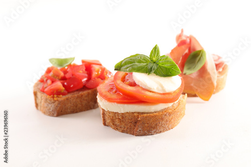 Carta da parati bruschettas isolated on white background