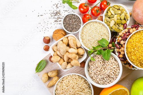 Photo  Selection of good carbohydrates sources - vegetables, fruits, grains, legumes, nuts and seeds