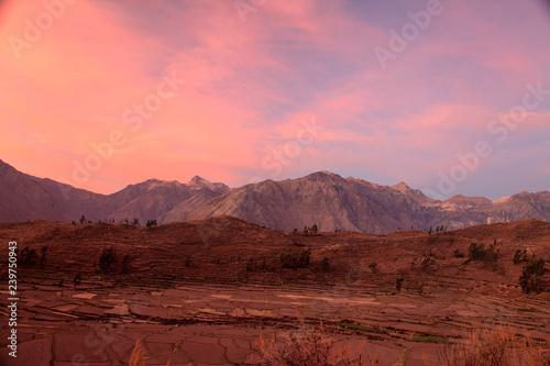 Foto auf Leinwand Kastanienbraun Sunset in Peru