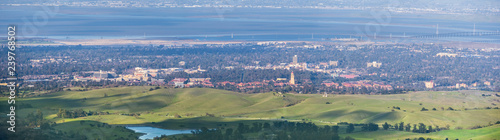 Photo Aerial view of Stanford; Palo Alto, Menlo Park, Redwood City and the San Francis