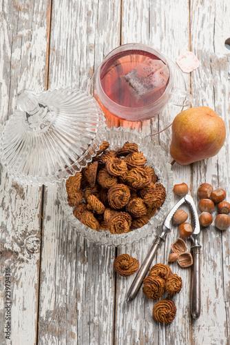 Fotobehang Koekjes cookie with hazelnuts and pears