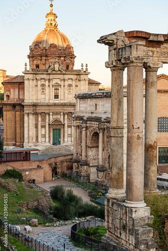 Fotografie, Obraz  Roman Forum (Forum Romano), Italy. Ancient Roman ruins.