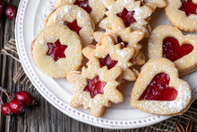 Traditional Linzer Christmas Cookies On A Plate