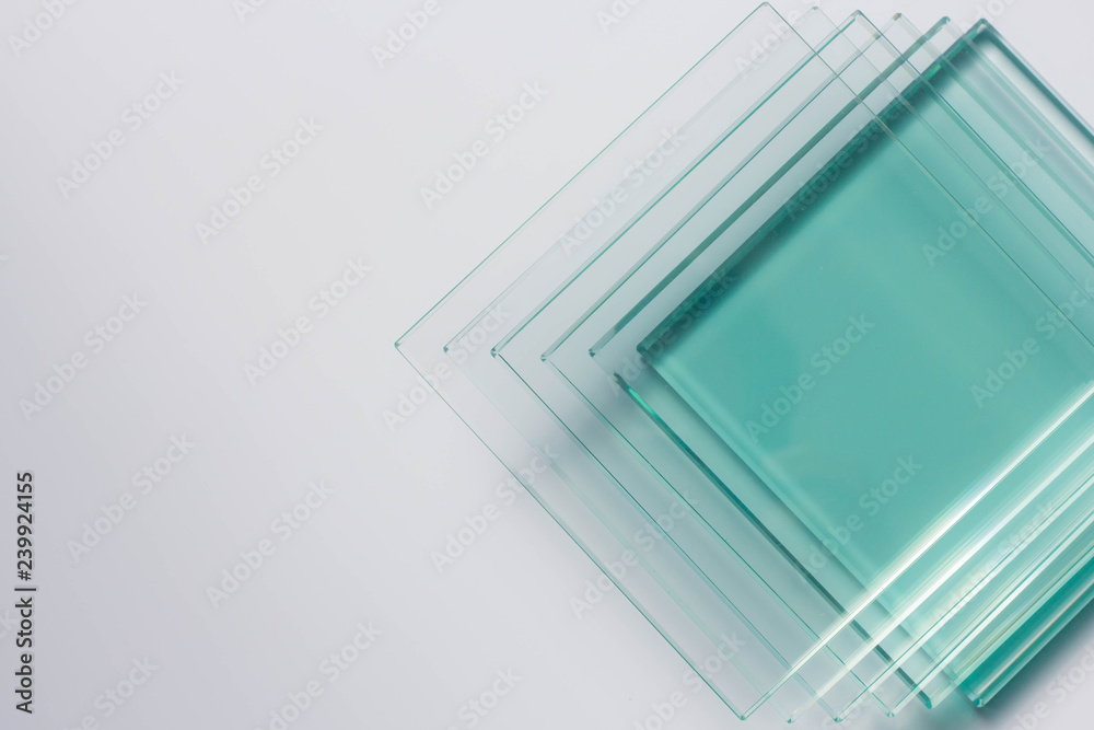 Fototapeta Glass Factory produces a variety of transparent glass thicknesses.