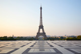 Fototapeta Wieża Eiffla - Eiffel tower, empty Trocadero, nobody in a clear summer morning in Paris, France