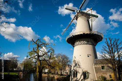 Windmill De Drie Koornbloemen in Schiedam, The Netherlands Fototapete