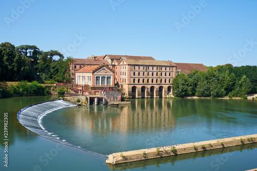Fototapeta Old Brusson Jeune Factory Complex Near Tarn River At Villemur Su