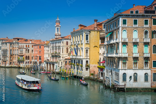 Fototapety, obrazy: Water transportation and colorful historic buildings of Venice