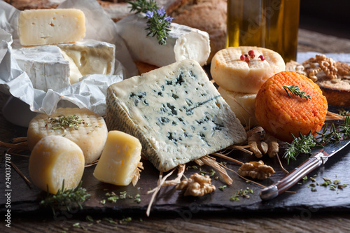 Poster Dairy products Plateau de fromages