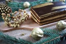 Złote Ciasto Pośród świąt...