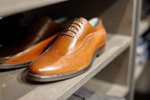 Men's Elegant Classic Shoes On...