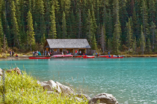 Slika na platnu Lake Louise canoe rental boathouse