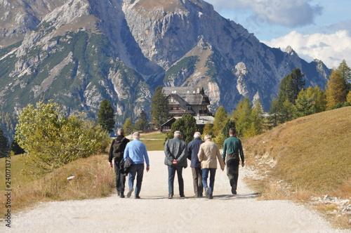 Fotografía  Spaziergänger, Wanderer in den Bergen