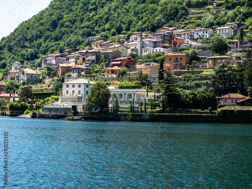 Italinen Lombardai, Comer See,  Lago di Como, Provinz Como, Blick auf Argegno Canvas Print