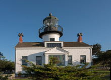 Point Pinos Lighthouse: Front ...