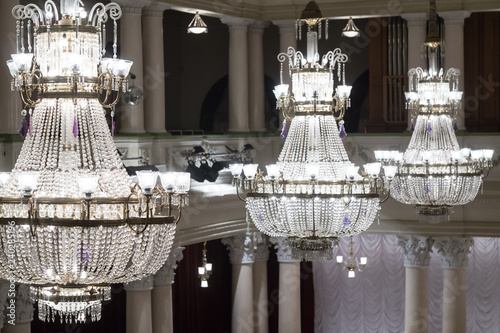 Keuken foto achterwand Theater Crystal chandeliers in the concert hall