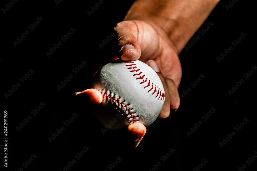Fototapety, obrazy: Baseball in Pitchers Hand