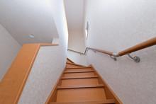 手すり付きの階段 Sta...