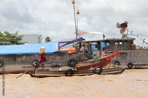 Photo  Barche e abitazioni sul delta del Mekong in vietnam