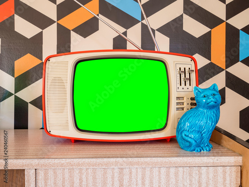 Canvas Print Retro television mock up with vintage wallpaper in the background