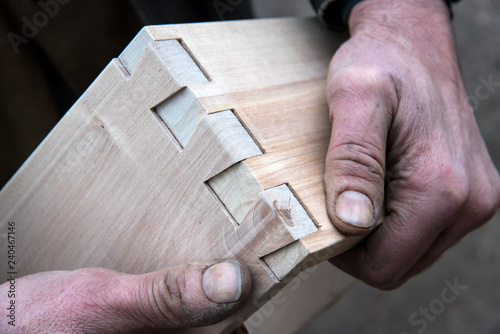 Pinturas sobre lienzo  dovetail joinery, woodworking